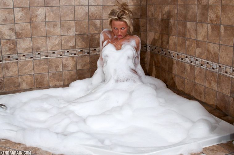 Kendra Rain Bubble Bath Nude Fun 1