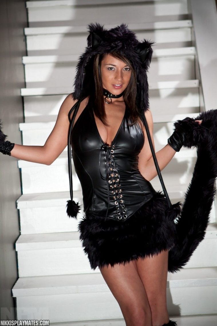 Nikki Sims is a bad kitty cat 1