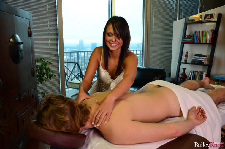 Bailey Knox Hardcore Massage Handjob Zipset 1