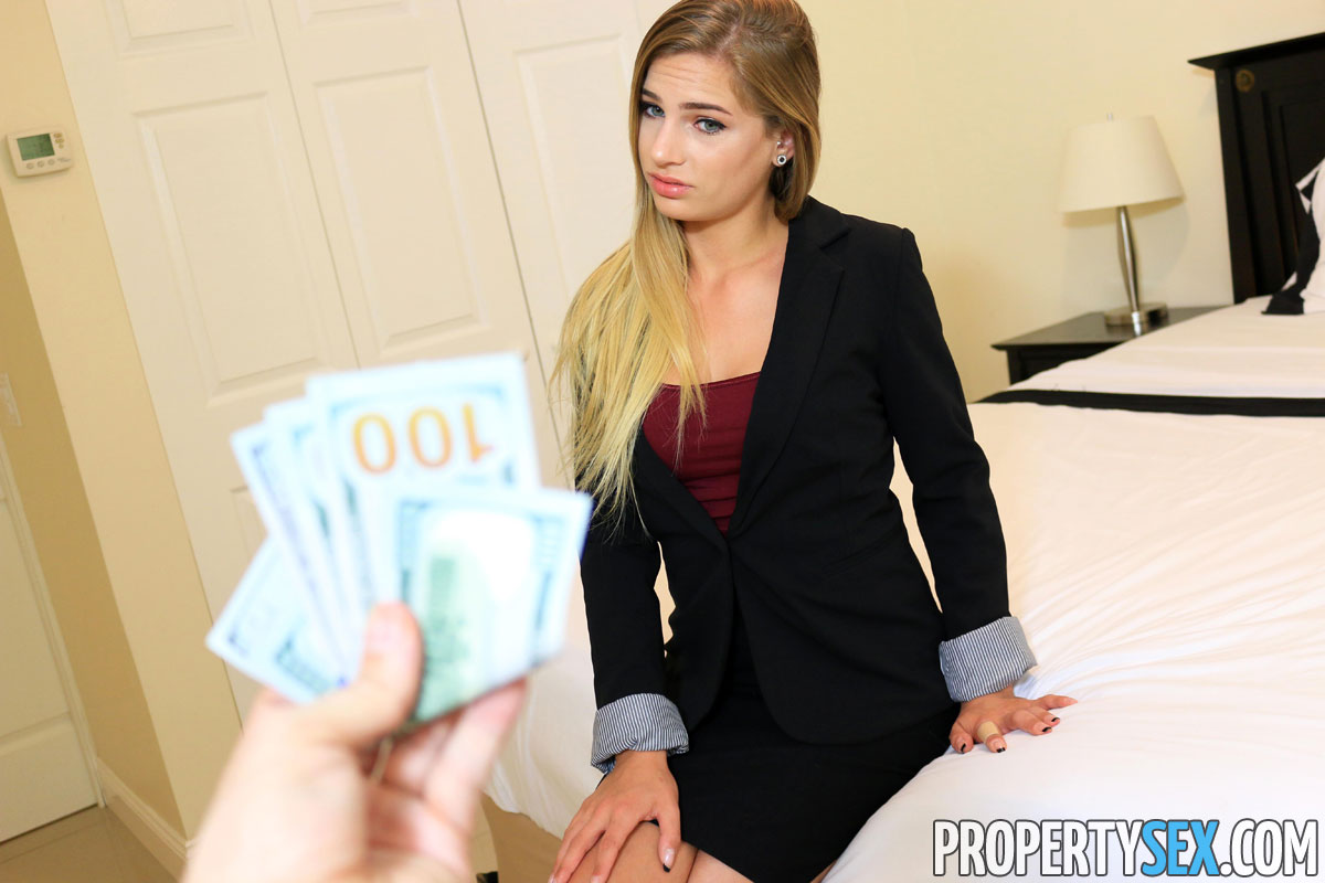 Property Sex Sydney Cole In Blonde Real Estate Agent Wants To Fuck 5