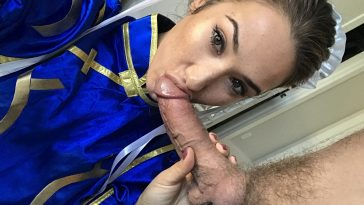 Fallin Lovia cosplay as chun li 1