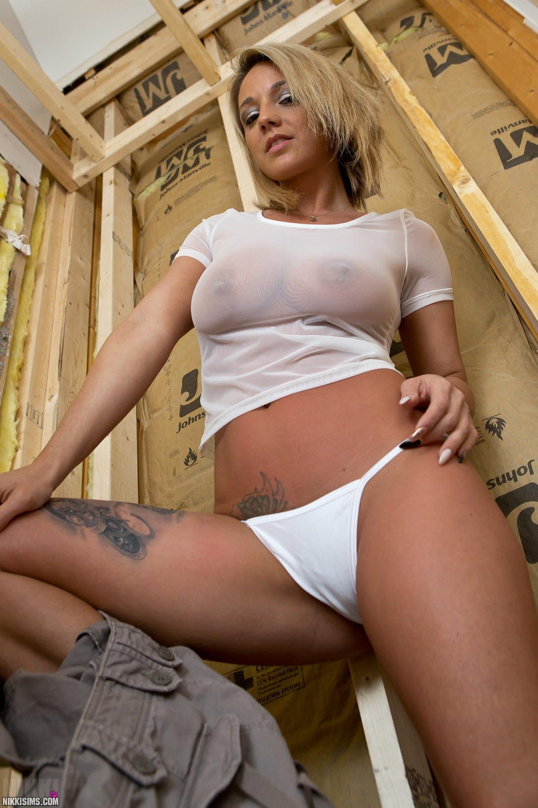 Nikki Sims Construction Babe