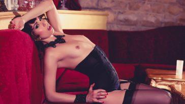 ariel rebel in sexy lingerie 7