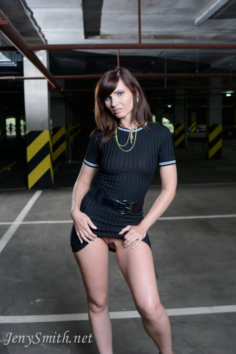 jeny smith garage flashes 1