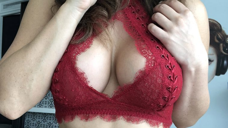 falin lovia in hot red lingerie 8