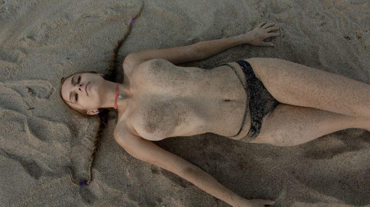 zishy ulyana orsk beach nudes 3