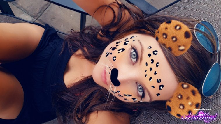 andi land selfie pictures 7