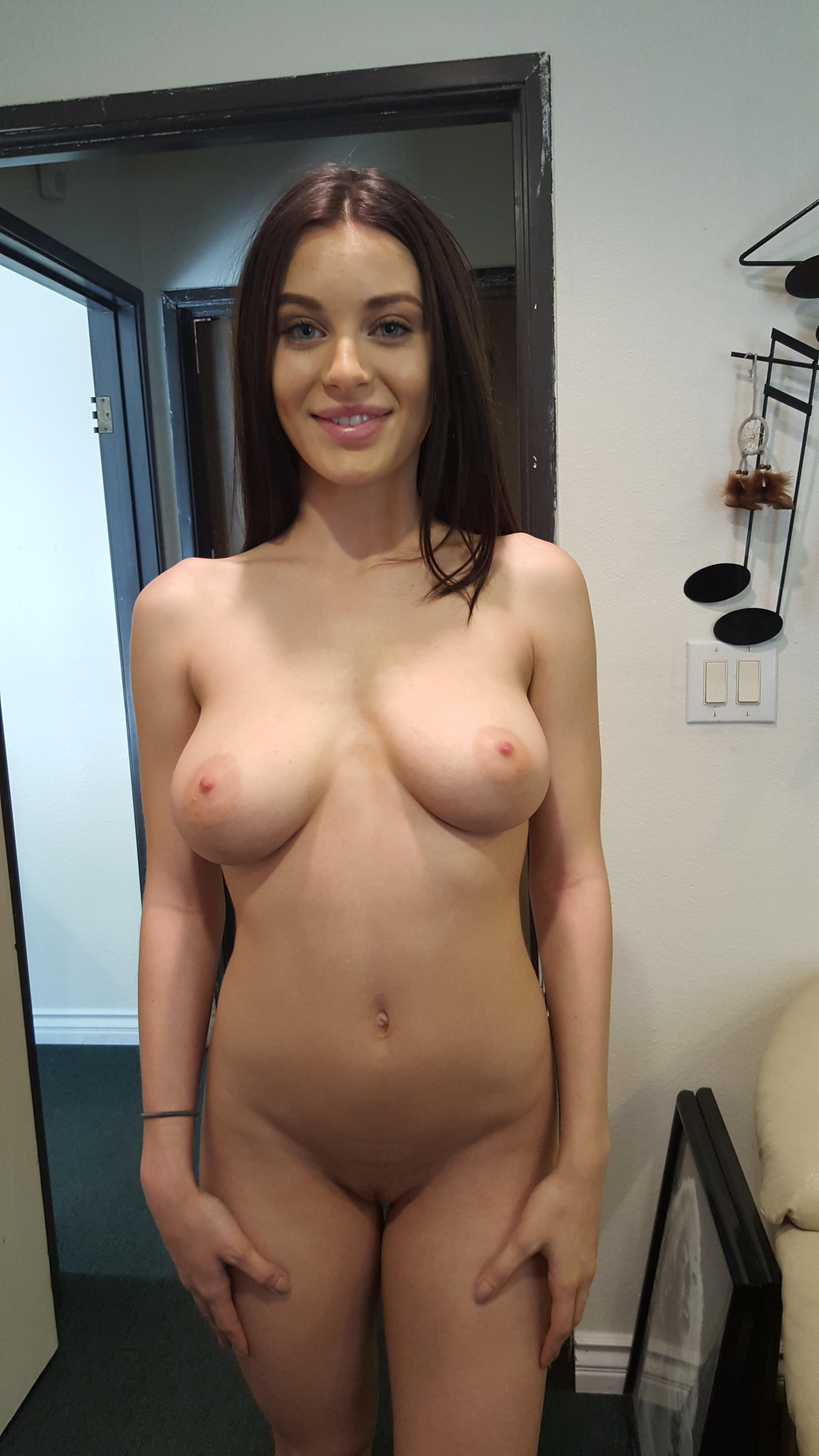 Lana Rhoades Nude Private Snap Chat - Sexy Now Nude Teens-9544