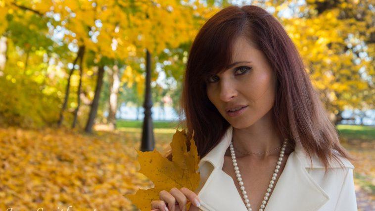 Jeny Smith Autumn 02