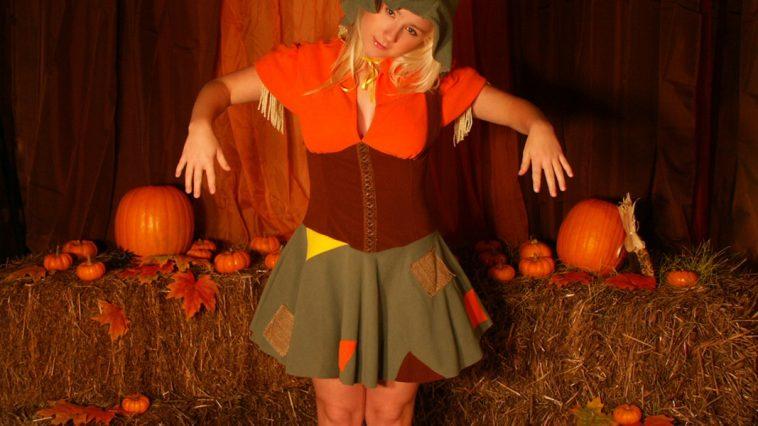 sexy pattycake scarecrow
