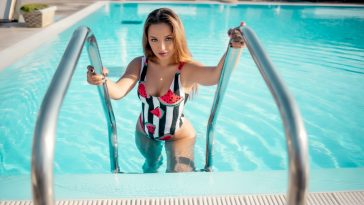 Emilly Starr Blonde Bikini Babe in the Pool 15