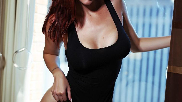 Lauren Phillips in Dallas 03