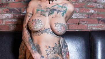 bonnie rotten pitch black pole dancer 5