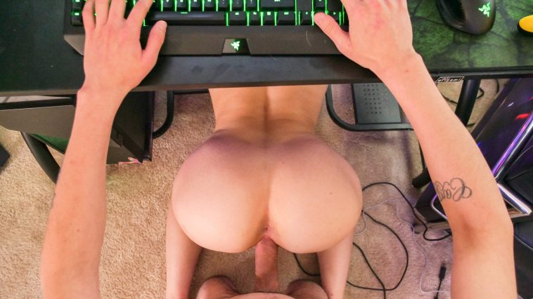 kenzie madison gobbling gamer cock 5